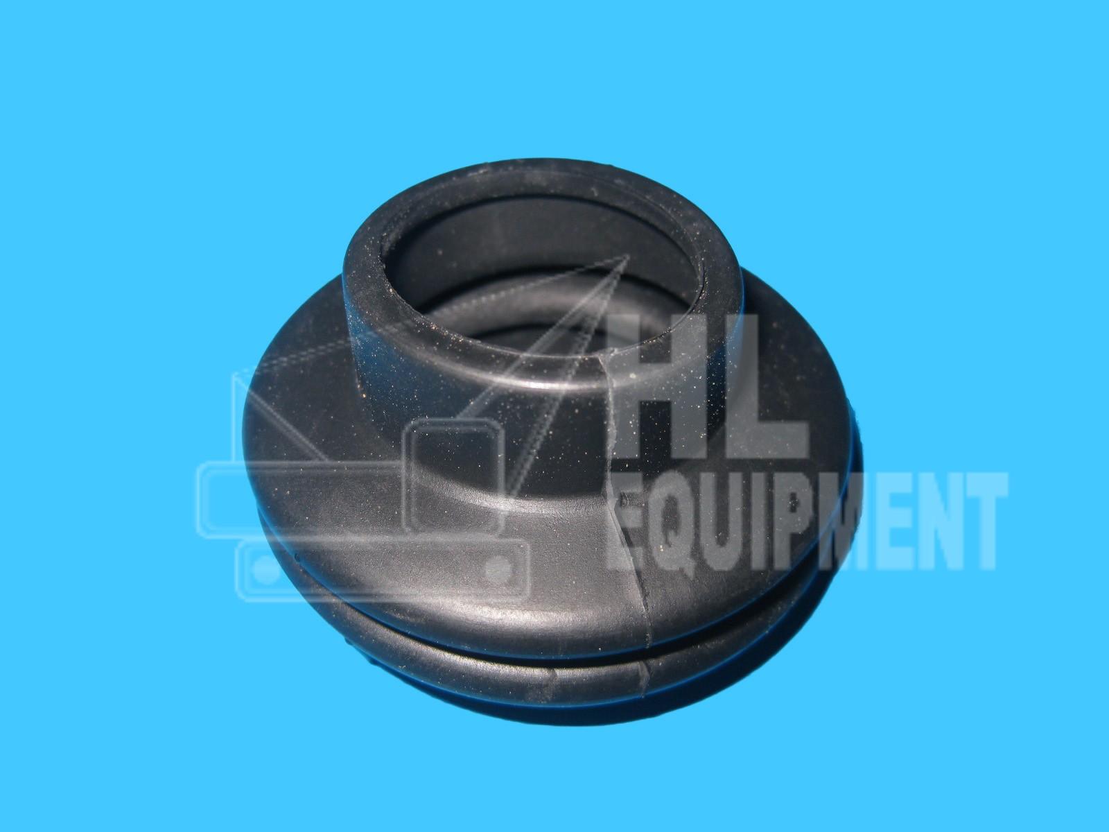 Nissan Boot